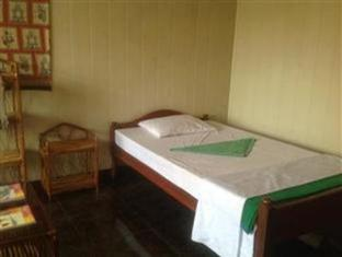 The Emerald Bar and Guesthouse Sihanoukville - Guest Room