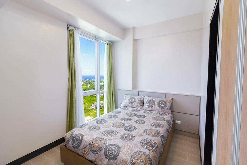 Near Shangri-la Mactan Cebu Fully Furnished Condo! - Hotels Information/Map/Reviews/Reservation