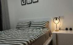 CoolNest BLACK&WHITE 1 Bed Apt Studio, Guangzhou