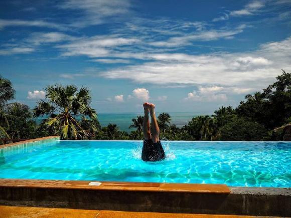 Three-Bed Villa Ocean View direct access pool