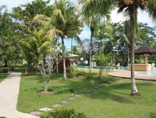 Beringgis Beach Resort & Spa Kota Kinabalu - Aed