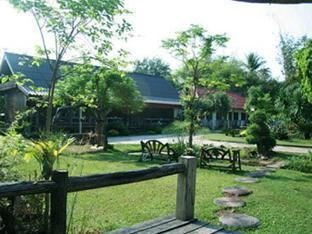 Baan Esan Country House