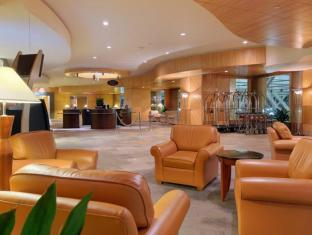 The Fairmont Vancouver Airport Richmond (BC) - Lobby
