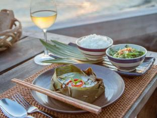 Mango Bay Resort Phu Quoc Island - Restaurant Deck