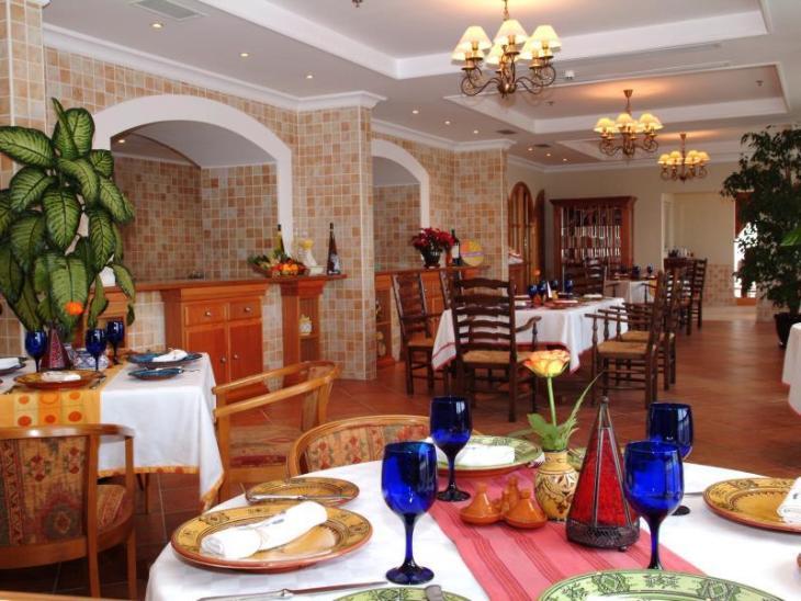 Mercure Grand Hotel Doha City Centre photo 4