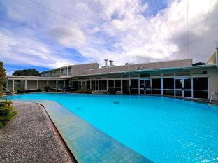 Brentwood Hotel Wellington - Swimming Pool