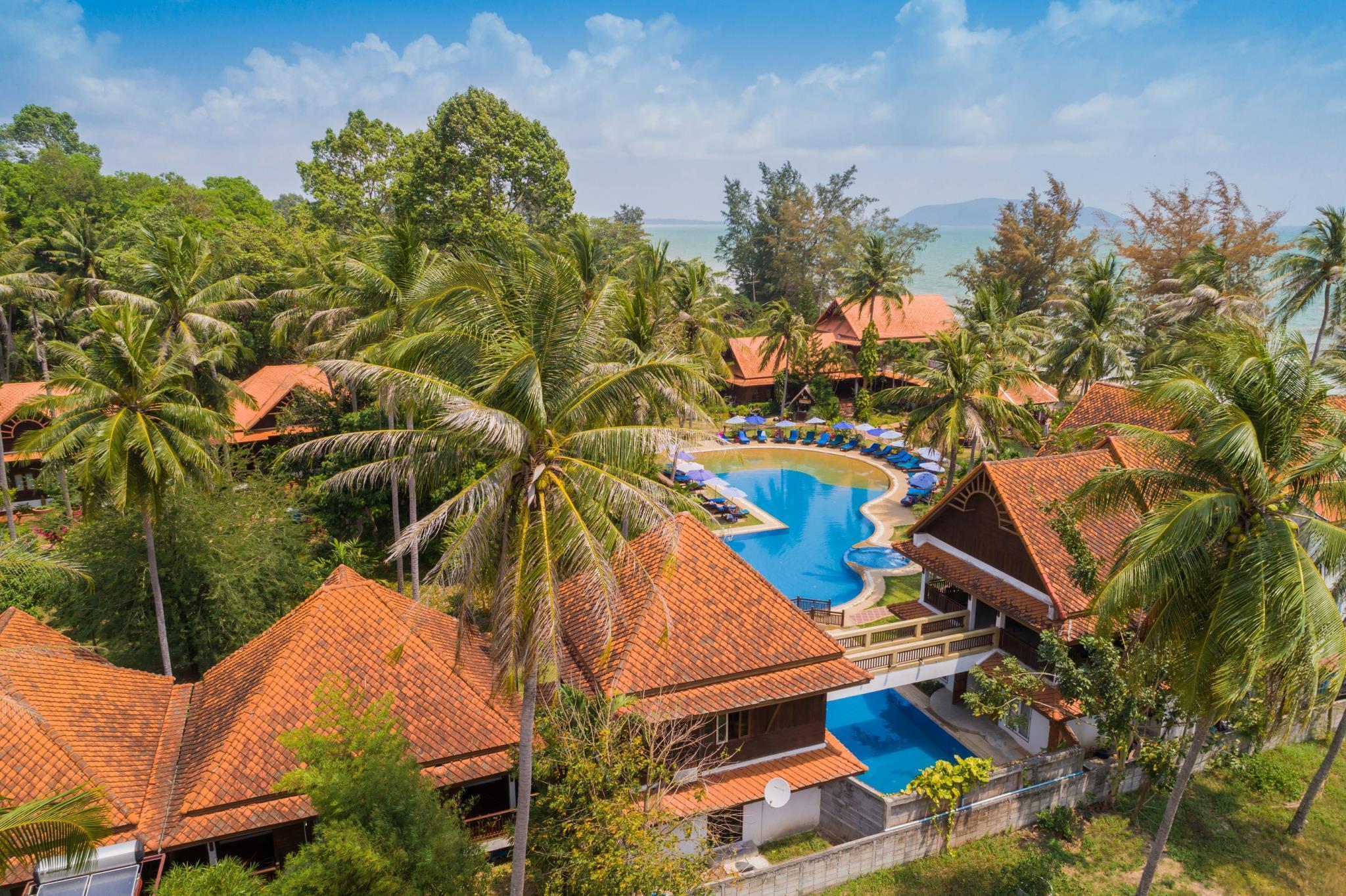 Coral Hotel Bangsaphan,โครัล โฮเต็ล บางสะพาน