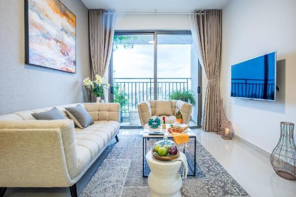 Finest Luxury Designed 3 Bedroom Apt High Floor