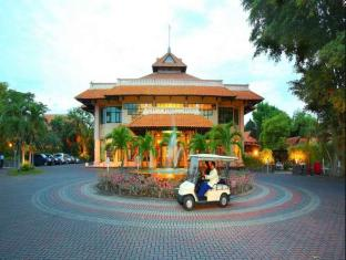 Equator Hotel Surabaya
