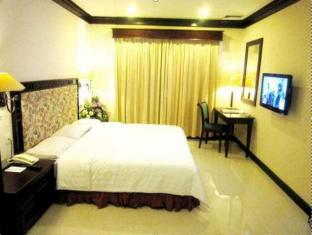 Equator Hotel Surabaya - Vendégszoba