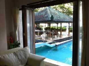 Private Apartment at Alit Beach Hotel