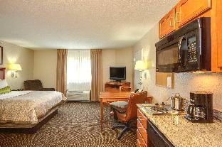 Candlewood Suites Chesapeake-Suffolk