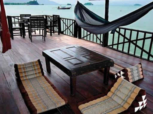 Mango House Seafront Suites hotel accepts paypal in Koh Lanta