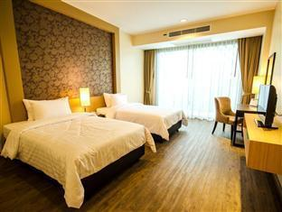 Best PayPal Hotel in ➦ Samut Prakan: Chor Cher - The Green Residence