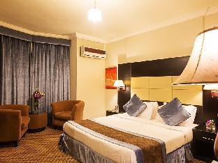 Plaza Inn Suites