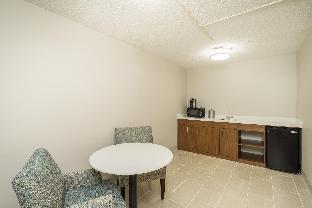 Holiday Inn Express Hotel & Suites Louisville