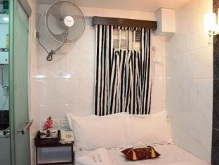 Kowloon TST Guest House Hong Kong - Double Room