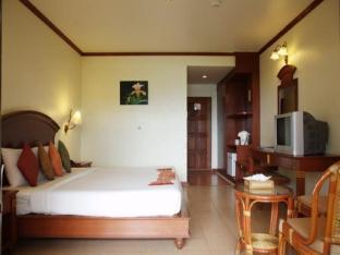 ランタ カスアリーナ ホテル Lanta Casuarina Hotel