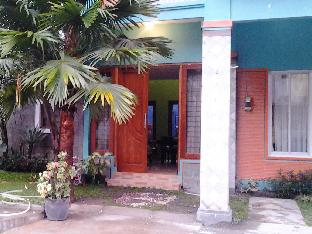 D1 Villa & Guest House
