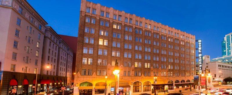 The Pickwick Hotel image