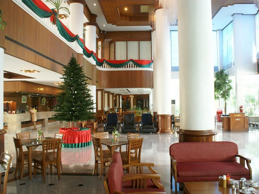 โรงแรมรอยัล พาเลส
