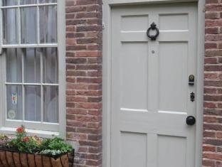 The Old Gallery and Chamber Apartments York - Exterior