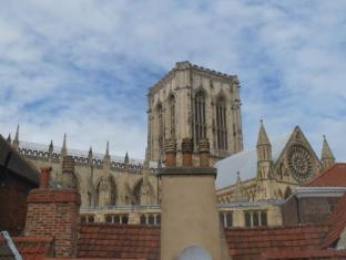 The Old Gallery and Chamber Apartments York - View