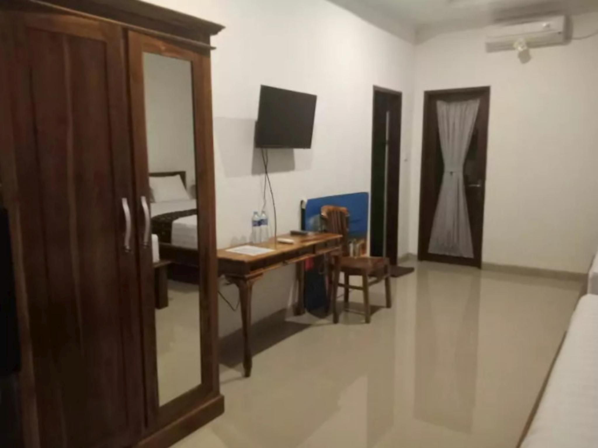 Private Twin Double Bedroom 2 Kusuma