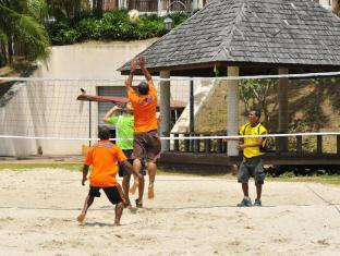 Swiss - Garden Beach Resort Damai Laut Pangkor - Volleyball
