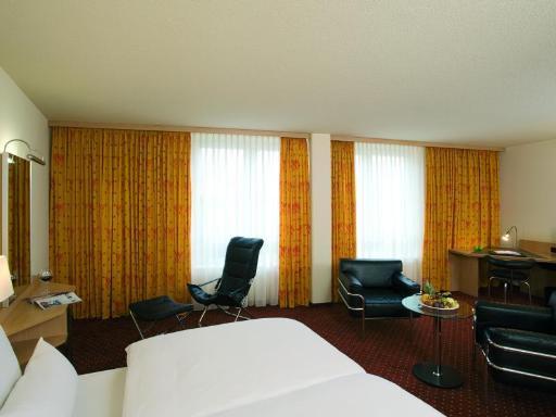 Best guest rating in Leipzig ➦ Ramada Hotel Leipzig takes PayPal