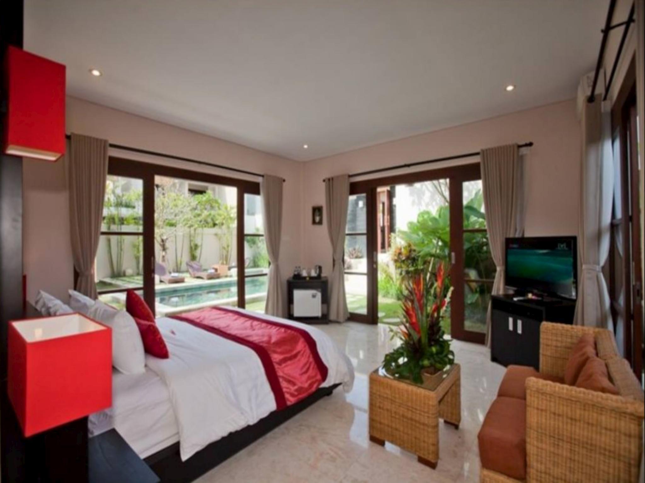 6 Bedroom Family Villa