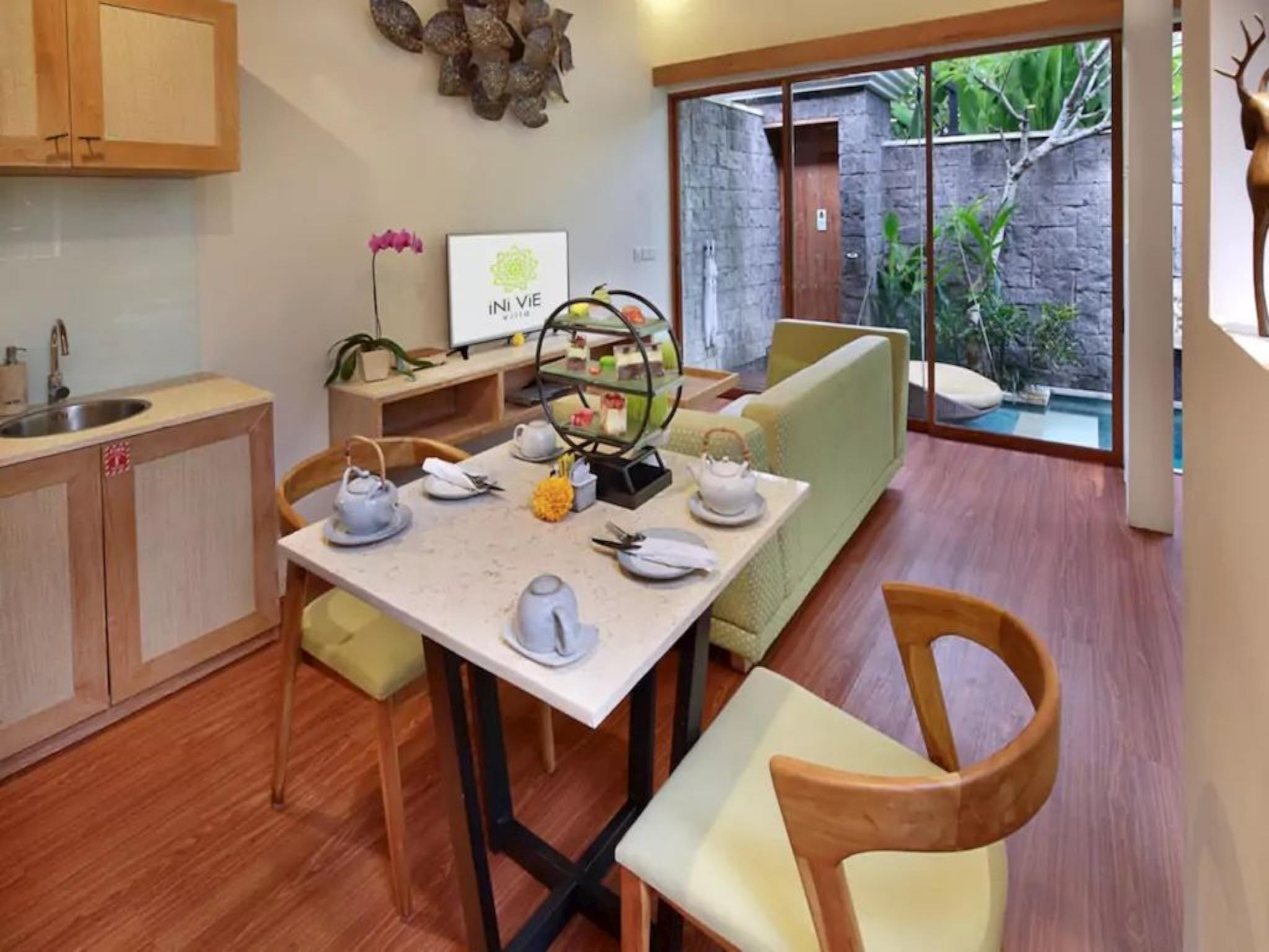 1 BDR Luxury Villa Private Pool and Jacuzzi Legian