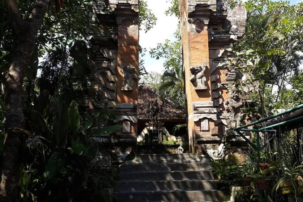 Puri Ubud Bungalows Balinese style