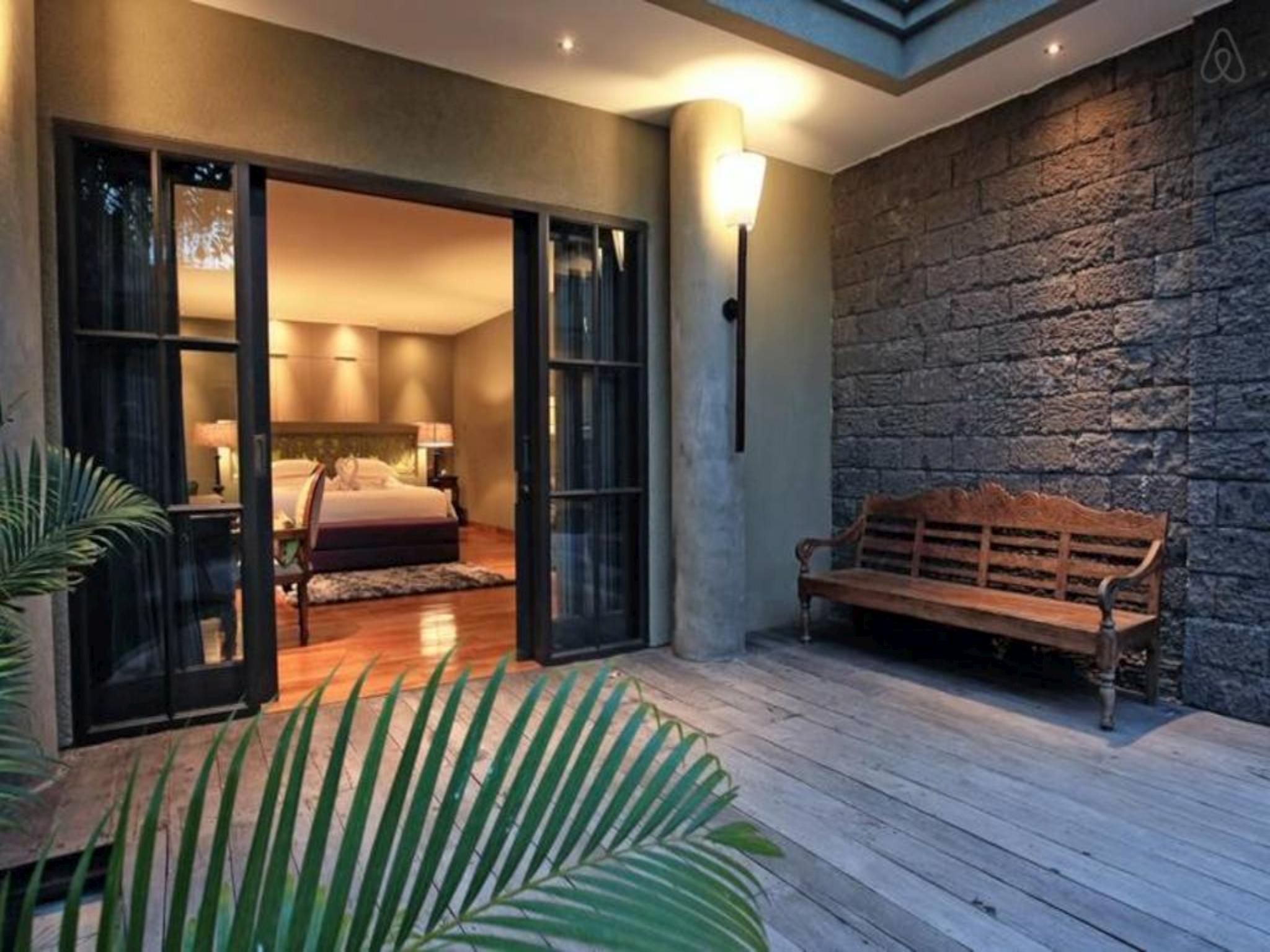 4 BDR Luxury Jadine Bali Villa Brawa Beach