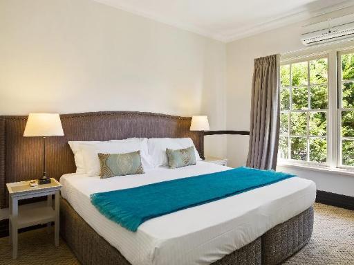 Best PayPal Hotel in ➦ Sutton Forest: