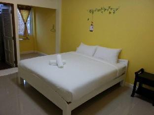 Baan Gord Chaam guestroom junior suite