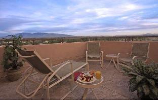 view of Hilton Tucson East