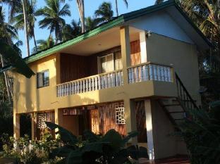White Beach Dive & Kite Resort Carabao