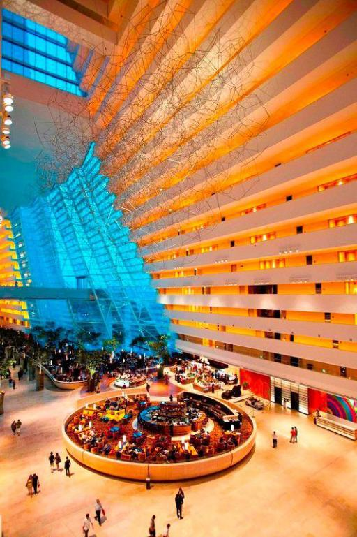 Best guest rating in Singapore ➦ Mandarin Orchard Singapore takes PayPal