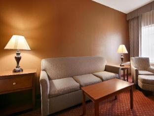 view of Best Western Golden Lion Hotel