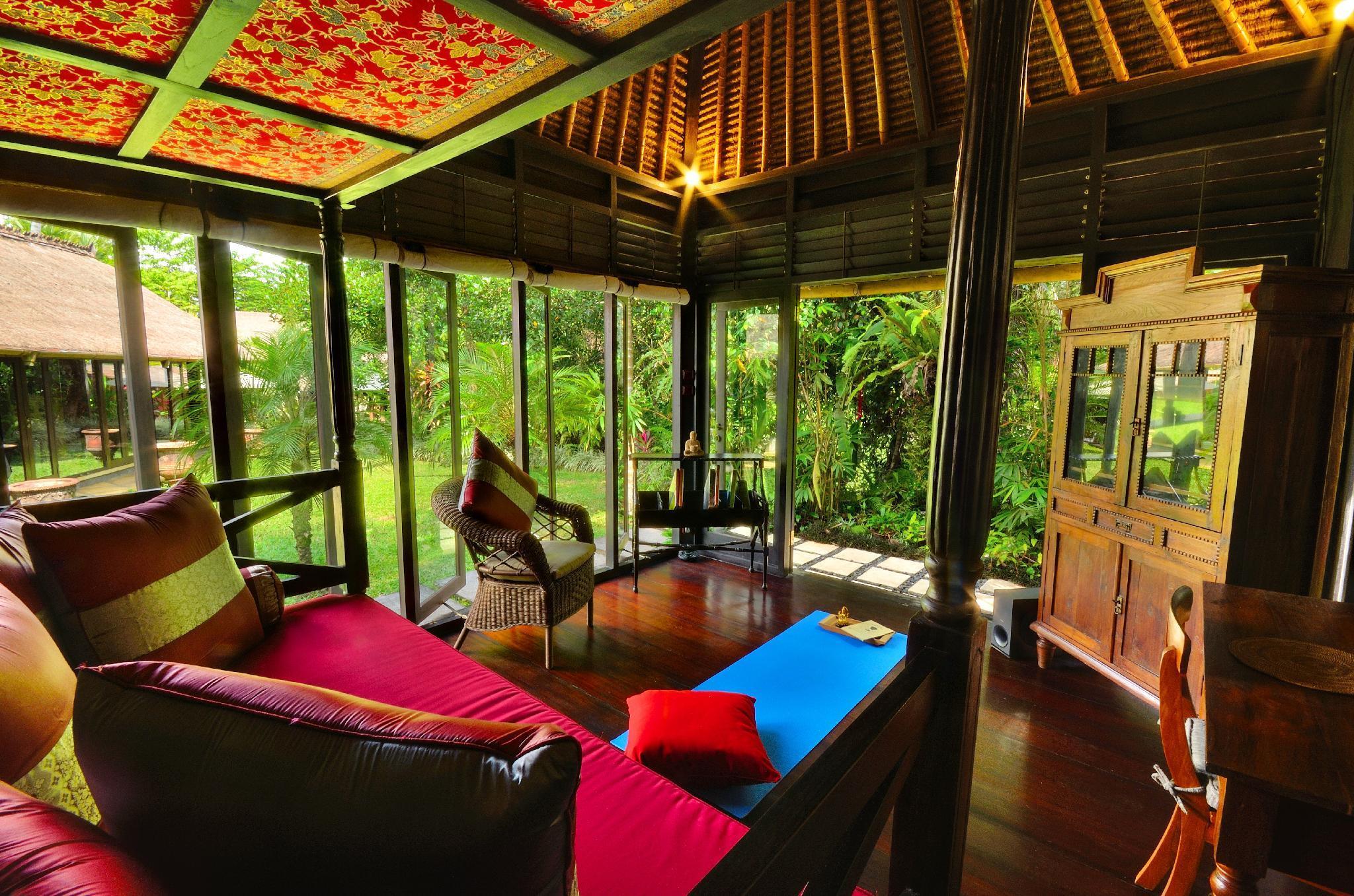 Romantic 1BR Honeymoon Unique Villa Near Ubud