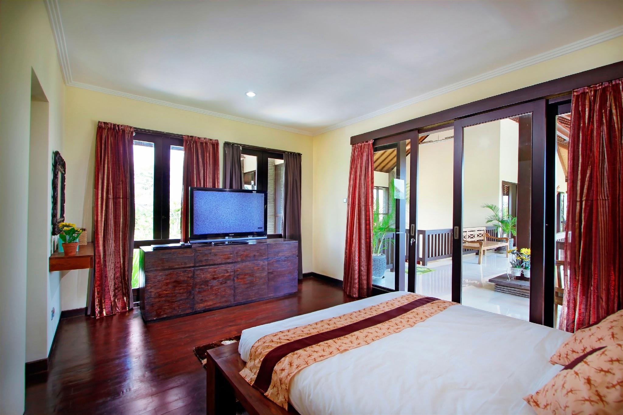 2 BR Luxury Private Pool Villa Near Echo Beach