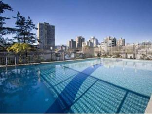 Sandman Suites Vancouver on Davie Vancouver (BC) - Swimming Pool