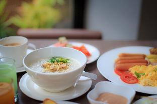 booking Chiang Rai De Hug Hotel and Residence hotel