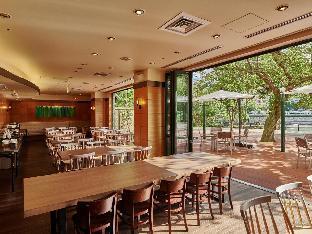 广岛河畔皇家公园酒店 image