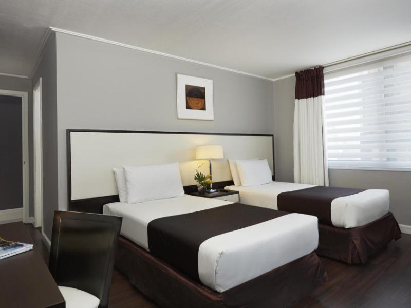 アストリア プラザ フル サービス レジデンシャル スイ―ツ (Astoria Plaza Full Service Residential Suites)