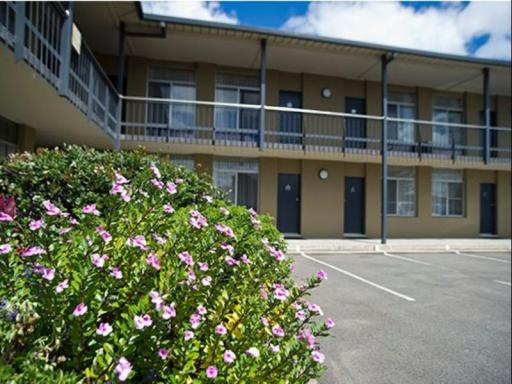 book Singleton hotels in New South Wales without creditcard