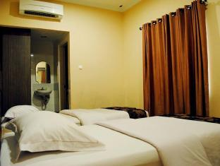 Aceh House Hotel Islami Petisah Medan - Superior Double