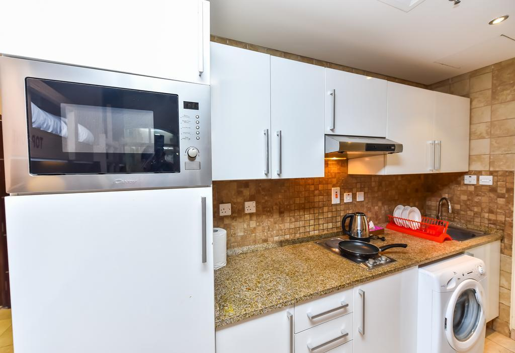 Your HomeStay Hostel – Dubai 5