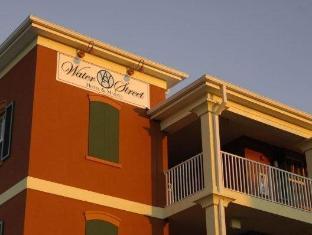 Water Street Hotel & Marina